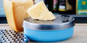 meilleur zesteur agrumes râpe fromage comparatif guide d'achat pas cher microplane